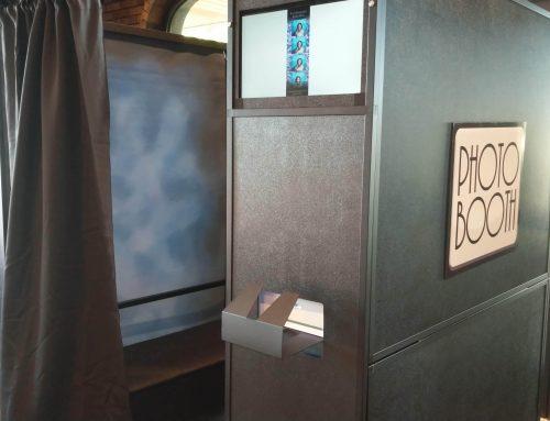 We offer Photobooths!